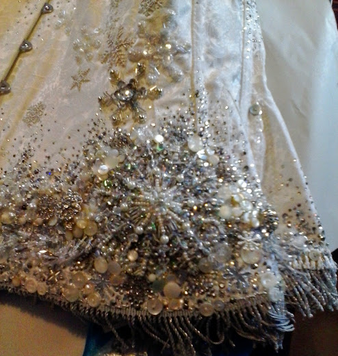 bead_embroidery_Snow_Queen_corset_left